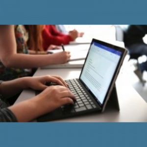 Instituțiile de învățământ din municipiul Chișinău vor beneficia de o donație de 675 laptop-uri